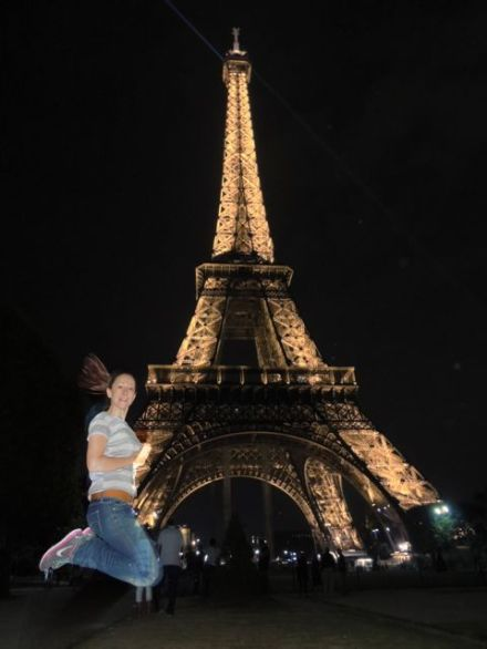 Paris_Eiffel Jump