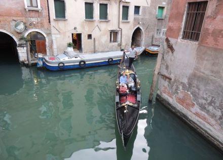 Venice_Boat
